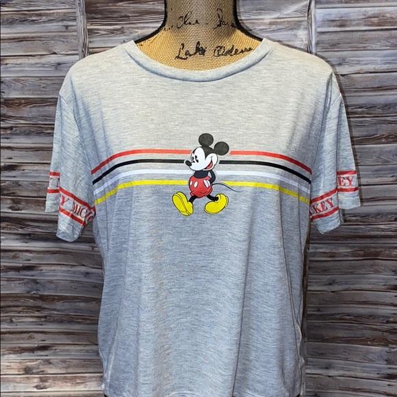 Disney T-shirt-  R455